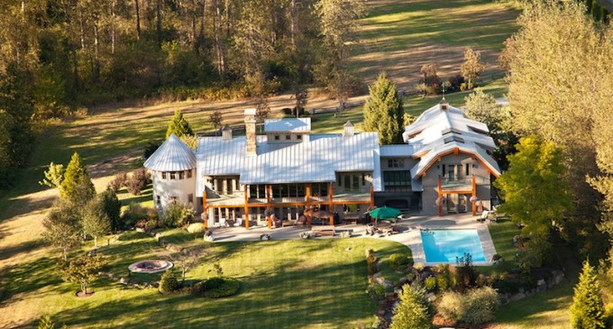 48-Acre Pemberton Estate – $4,599,000