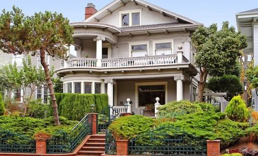Victorian Queen Anne – $819,950
