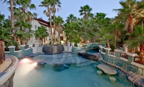 Gated Las Vegas Haven – $3,900,000