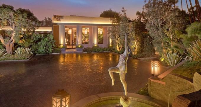 Actor Jeremy Renner lists $24.95 million Mansion