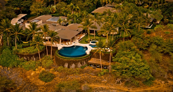 Oceania at Mauna Kea Resort – $10,000/Night