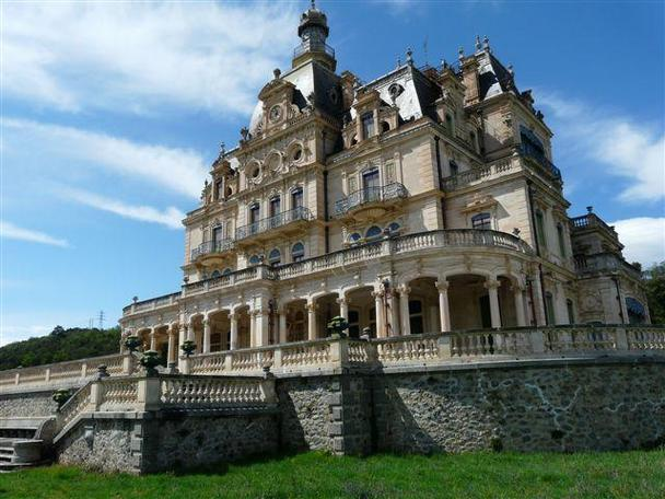 Chateau d'Aubiry – 21.000.000 € | Pricey Pads