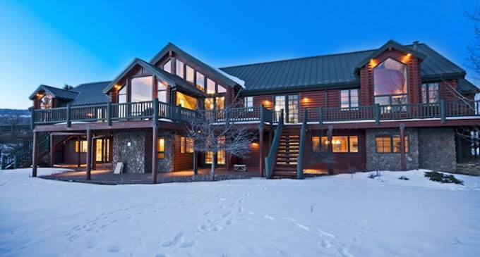 Private Mountain Retreat – $4,195,000