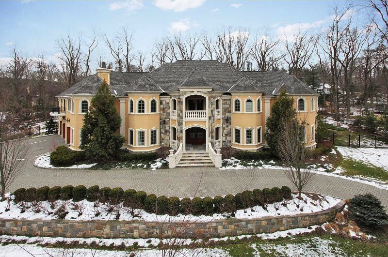Incredible Value In Franklin Lakes 3 499 000 Pricey Pads