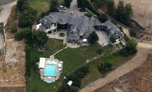 Jessica Simpson to buy Osbourne's Hidden Hills Mansion