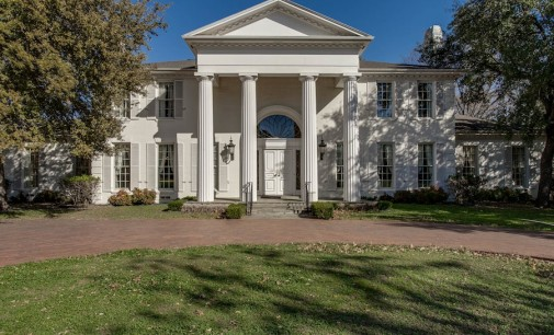 Fabulous Colonial – $6,895,000