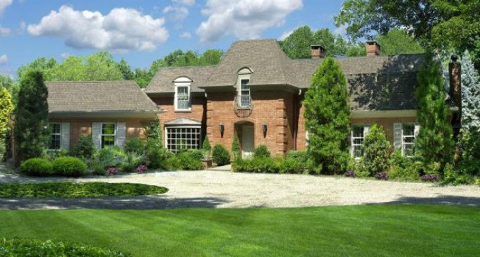 Regis Philbin's former Mansion to be torn down