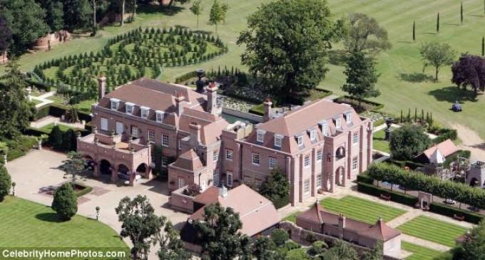 David and Victoria Beckham List 'Beckingham Palace'