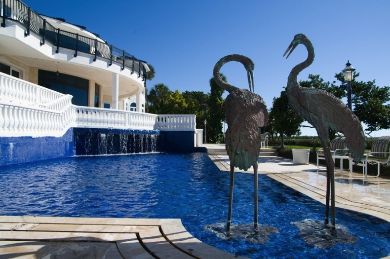 Gulf Front Estate 7 990 000 Pricey Pads