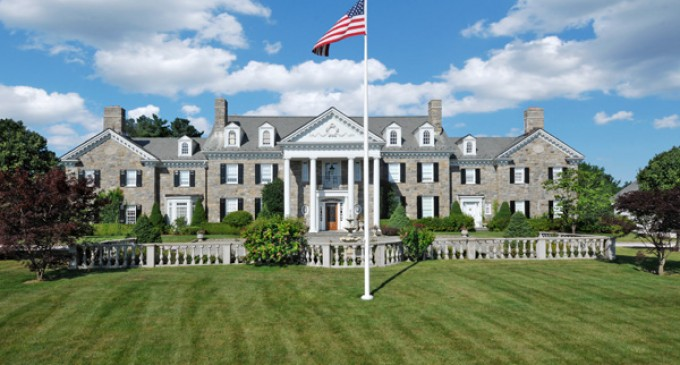 Splendor On Round Hill Road – $13,750,000