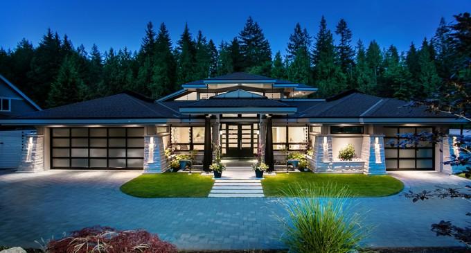 Gorgeous Contemporary Gem – $3,850,000