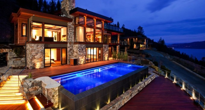 Kelowna Mansion Sells for $4.7 Million at Auction