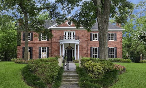 Federal Style Home – $3,700,000