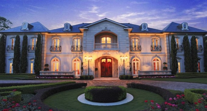 21st Century Belle Epoch French Chateau – $7,999,980