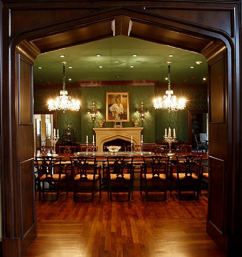 Spm Property Management Highland Manor: Bloomfield Manor – $6,500,000