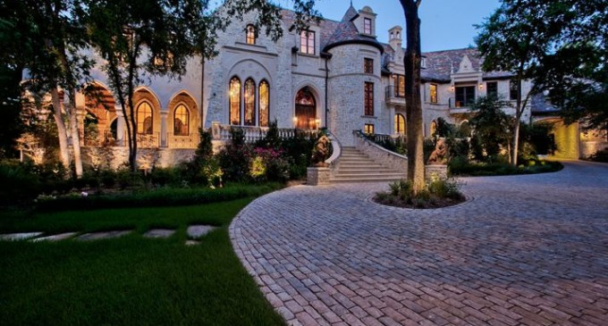 M Mansion Heading to Auction