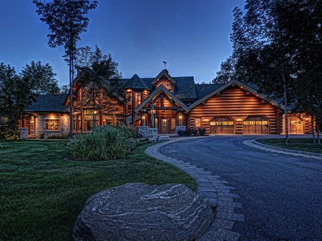 Grand Log Home 4 500 000 Pricey Pads