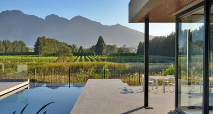 Award Winning Golf Property – R 22 200 000 ZAR