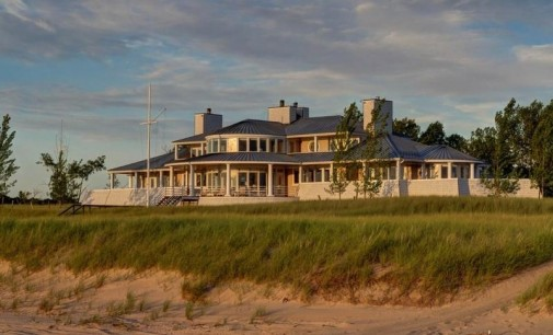 310-Acre Great Lakes Estate lists at $40 Million