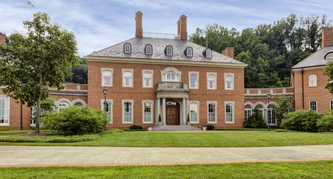 Magnificent Georgian Manor – Off The Market