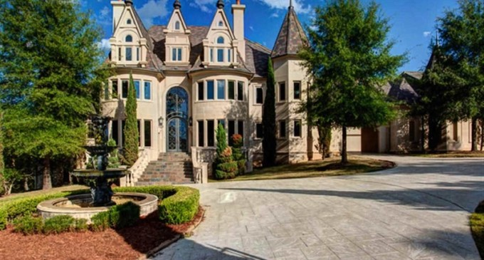 Grand Little Rock Mansion – $2,650,000