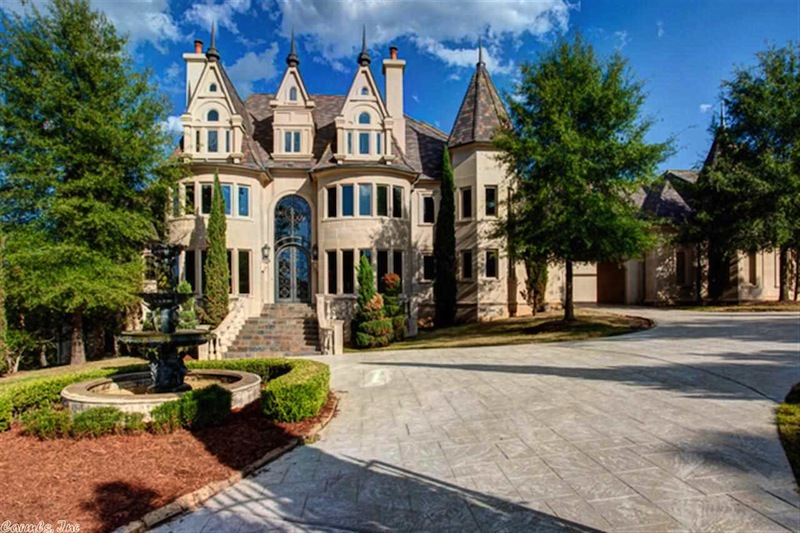 Grand little rock mansion 2 650 000 pricey pads for Home builders arkansas