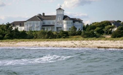 Stellar Oceanfront Cape Cod Classic – $17,500,000