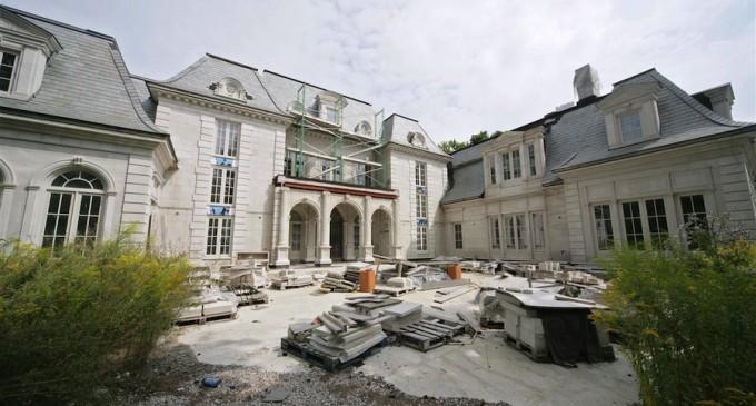 Prestigious York Mills – $5,927,900