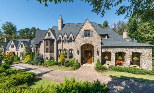 Impeccable Suwanee Mansion – $5,395,000
