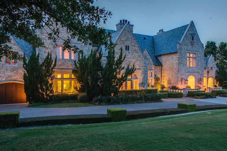 Private Flower Mound Castle Sold Pricey Pads