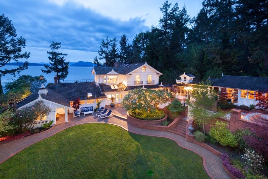 private 17 acre waterfront estate sold - Photo De Maison Au Canada