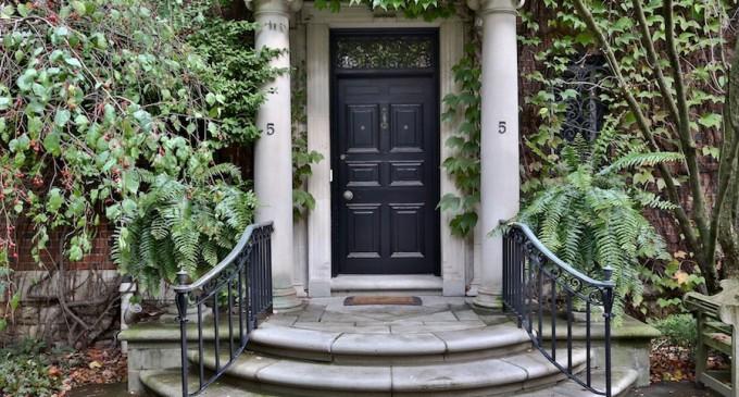 Hawthorn Gardens –  $12,900,000 CAD