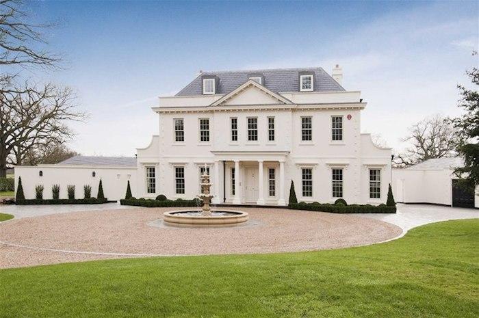 Edge House 163 4 500 000 Pricey Pads