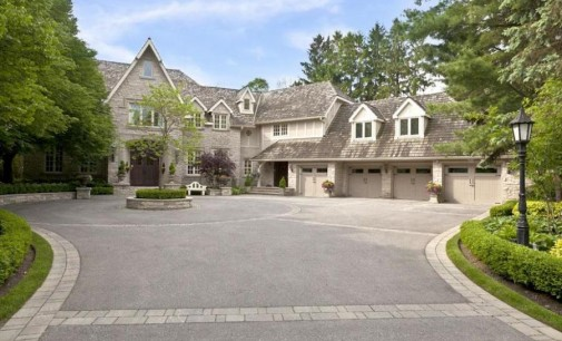 Lakefront Oakville Estate – $7,950,000