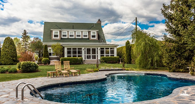 Charming Cottage in Québec – $939,900 CAD