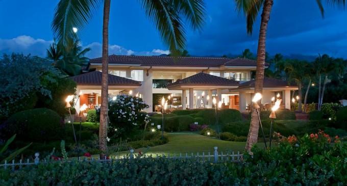 Black Rock Estate – From $8,000/Night