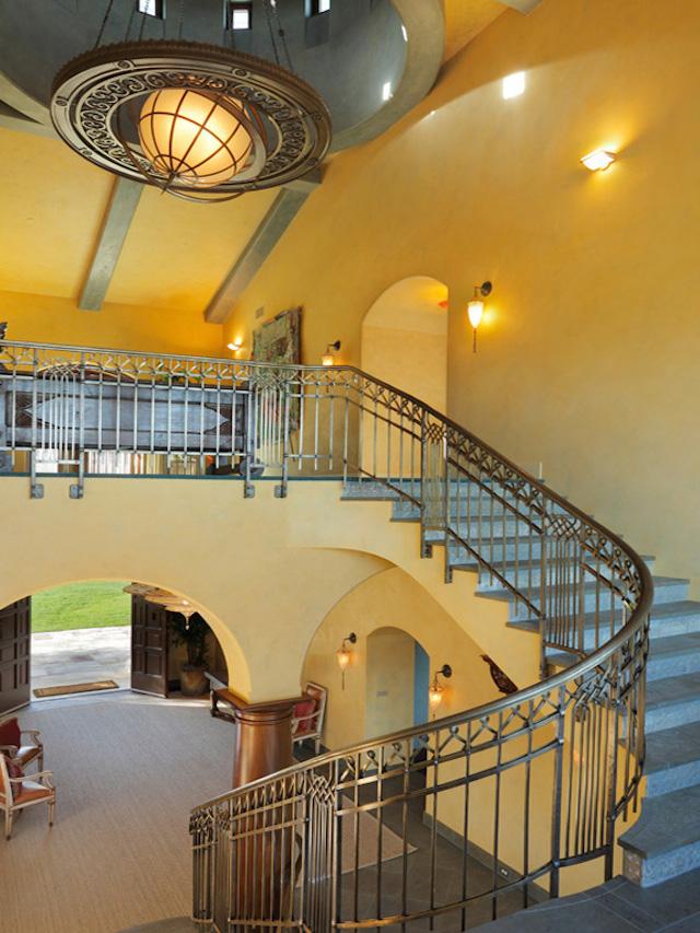 Robin-Williams-Napa-Vineyard-Estate-for-sale-Sothebys-3
