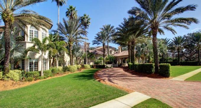 Entertainer's Mediterranean Paradise – $14,300,000
