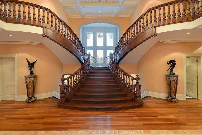 007-Grand-Foyer-and-Staircase