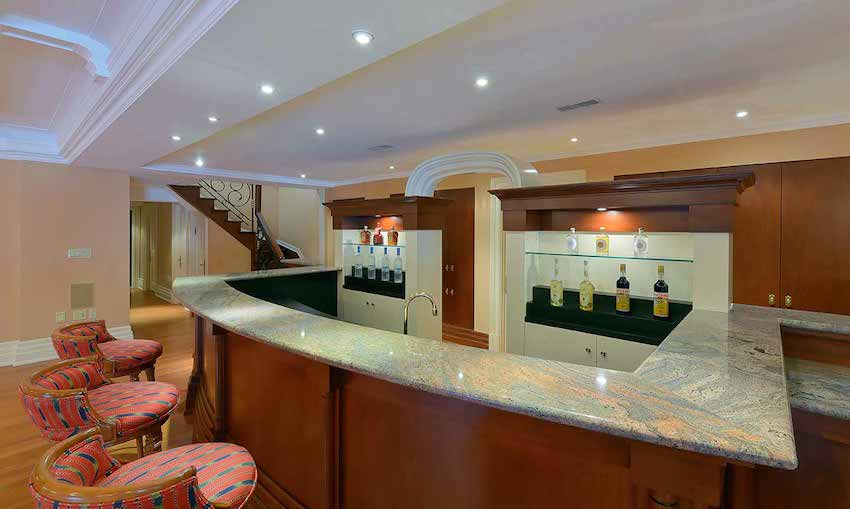 071-Lower-Level-Bar