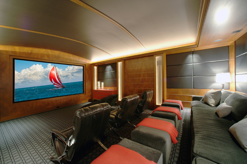 18-State-of-the-art-home-theater
