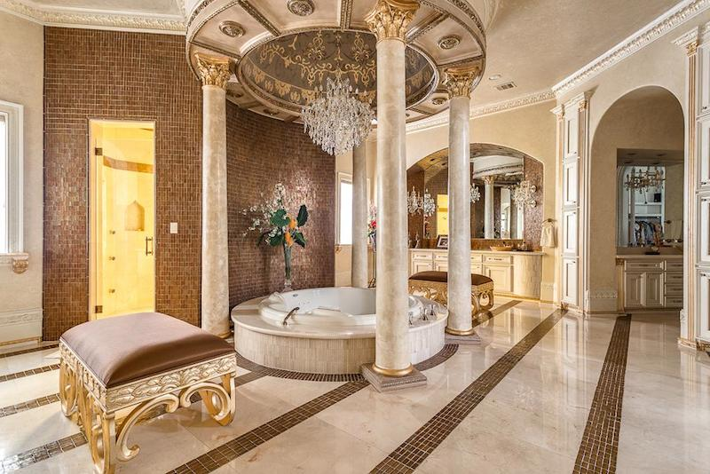 Crown Jewel Of Palm Royale 11 888 000 Pricey Pads