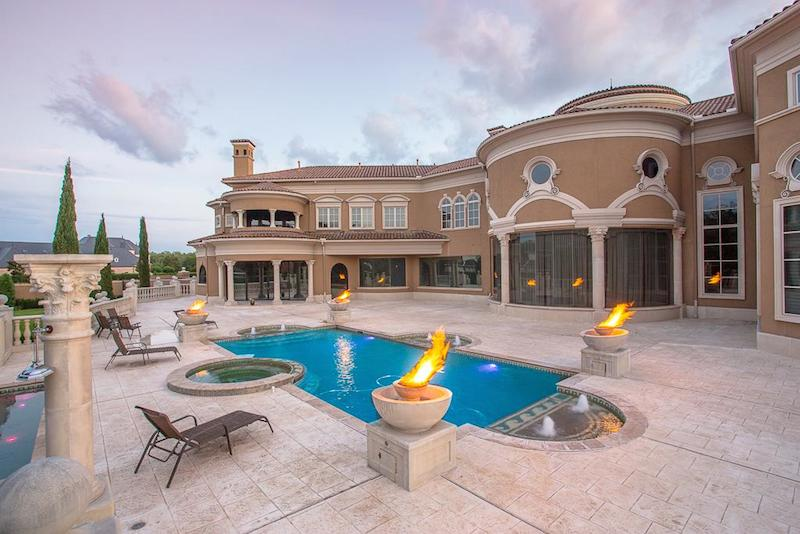 Crown Jewel of Palm Royale – $11,888,000 | Pricey Pads
