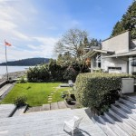 "Vancouver Beach House Designed by Renowned Architect Being Sold As ""Tear Down"""