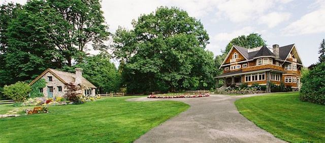 Medium_129200881935PM_AWDY-house-panorama-2