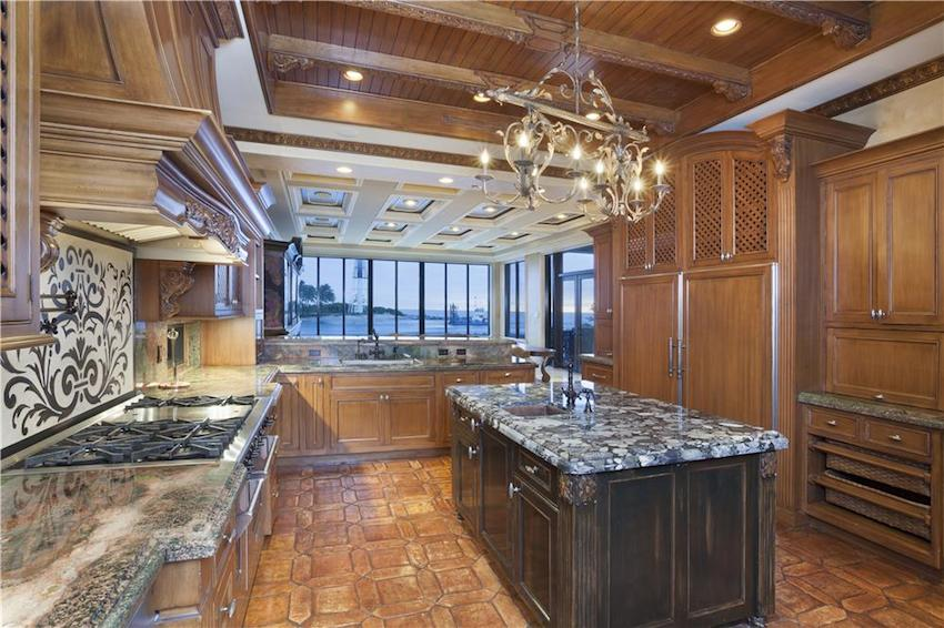 Hillsboro Inlet Oceanview Estate 6 995 000 Pricey Pads