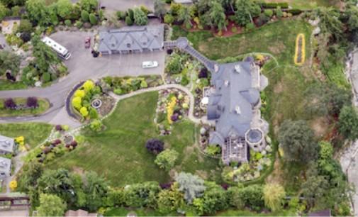 Waterfront Saanich Château – $9,990,000 CAD