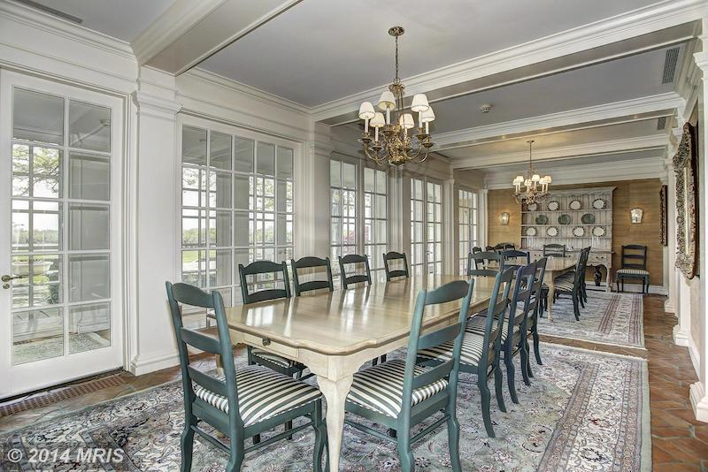CC8252408 - Dining Room
