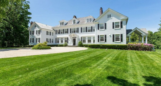 Spectacular Lattingtown Estate – $9,800,000