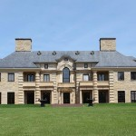 Manor on 450-Acre Estate – $19,750,000